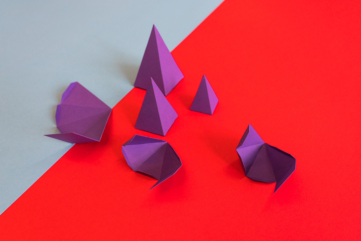 paper-art-purple-pyramids